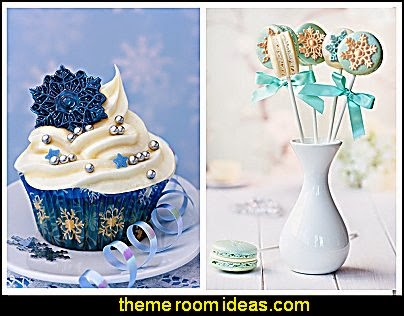Snowflake Chocolate Candy Molds, Set of 2 - For Cupcake Toppers, Cake Decorations