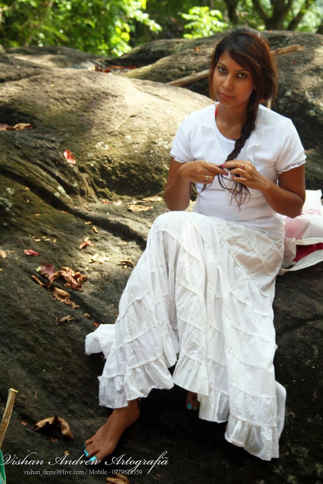Jayani Alahapperuma white