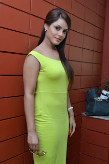 Actress Neetu Chandra Latest Pictures at Thilagar Press Meet  15