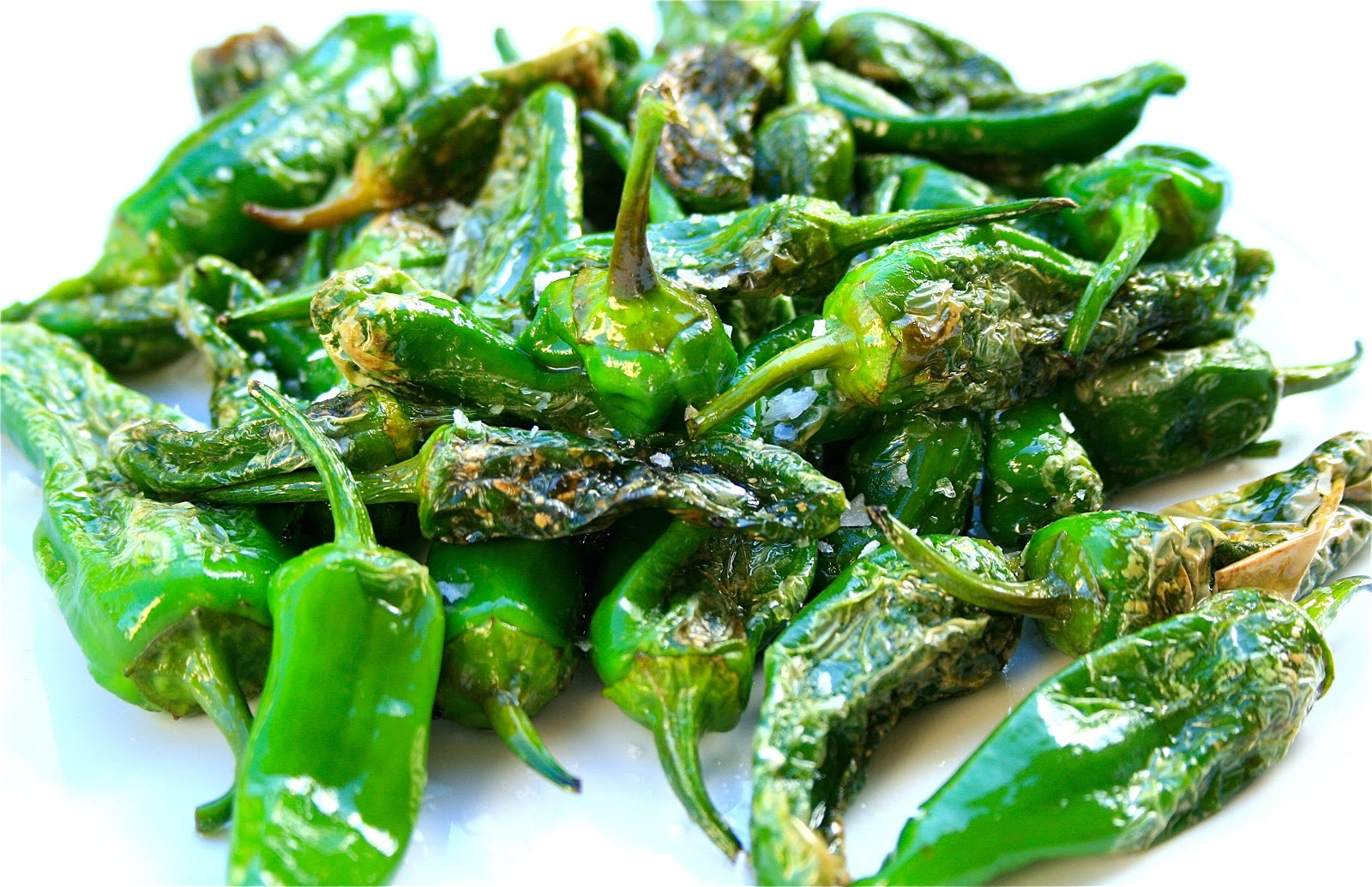 Johnny's Kitchen: Pimientos de Padron