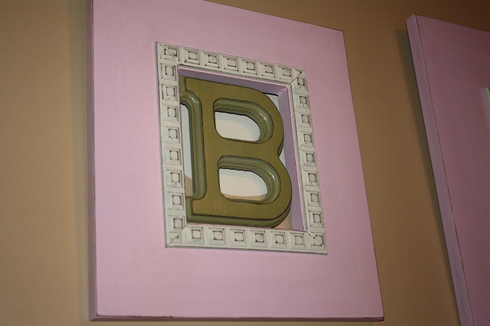 Poppy\'s Custom Frames: Initial Frames