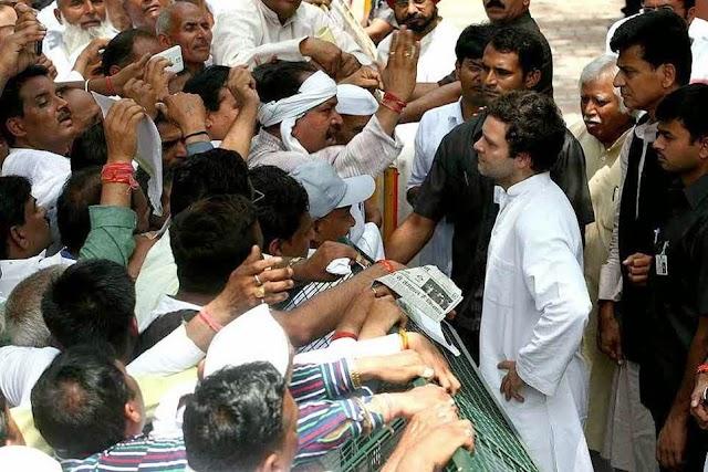 छुट्टी के बाद 'तरोताज़ा' राहुल गांधी किसानों से मिले, जानी परेशानियां