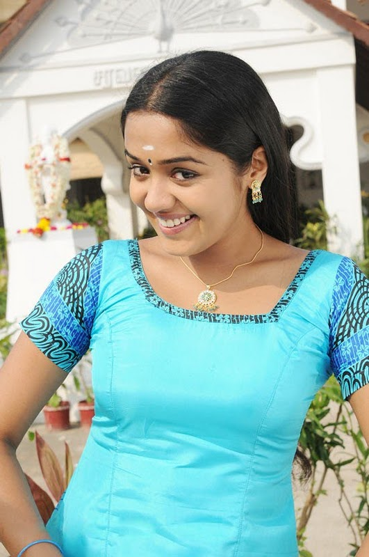 Actress Ananya Scandal South Indian Actress Ananya Saree South Indian