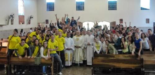 """""""Virada Jovem"""" da Diocese de Guarulhos comemora um ano de Semana Missionária e JMJ Rio 2013"""