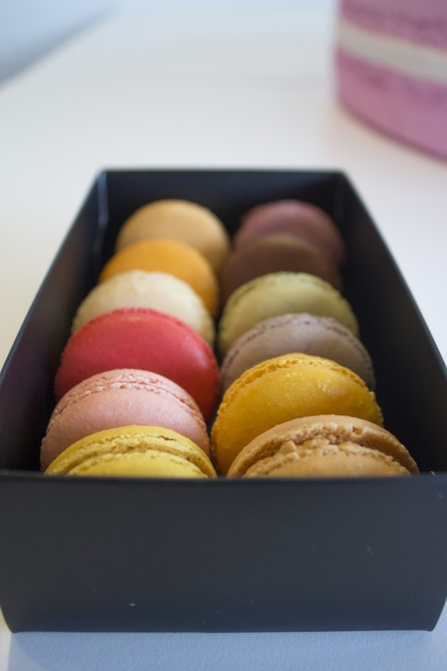 Bite Macarons price
