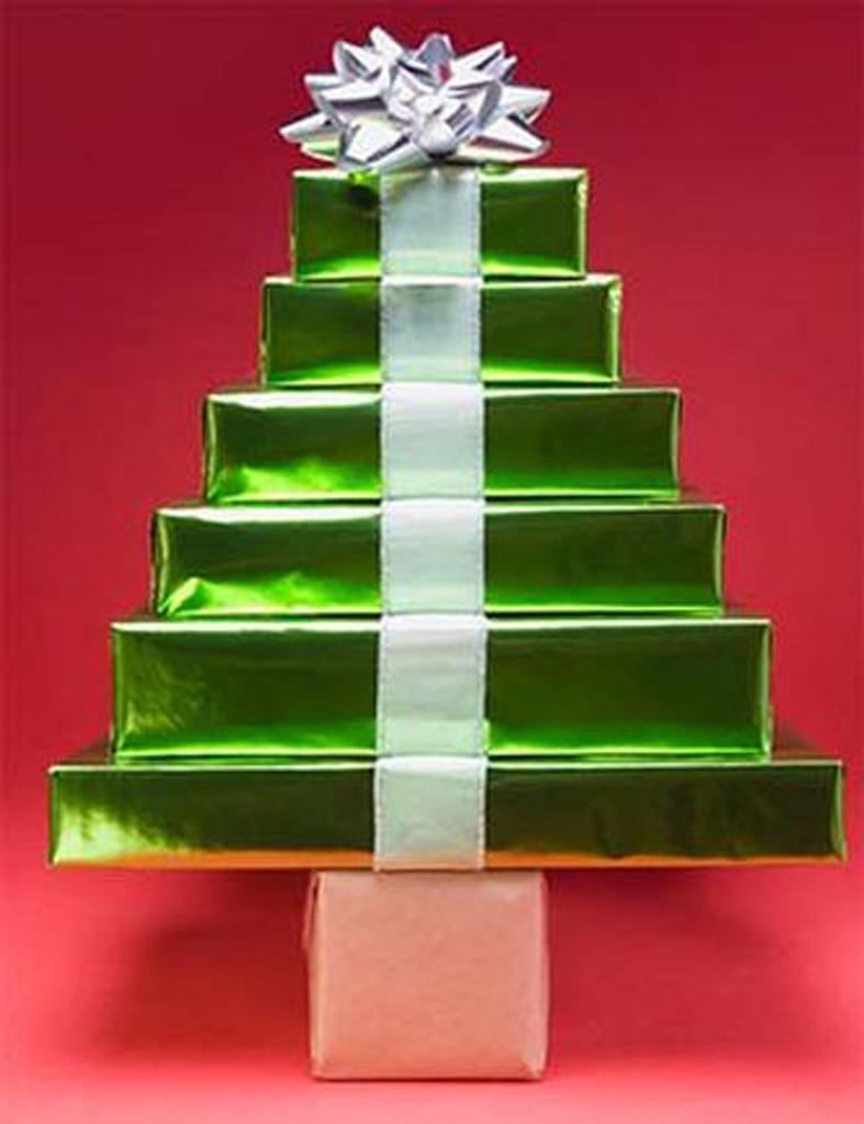 detallelogia rboles de navidad reciclando papel On arbol de navidad con cajas de carton