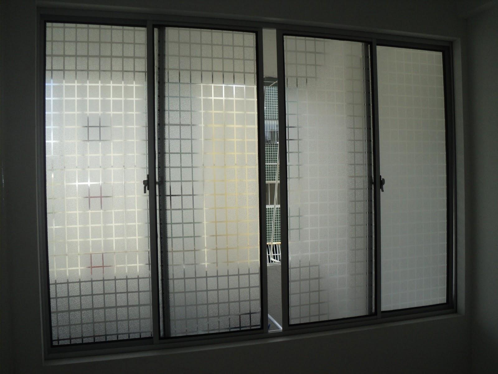 #736E58 Adesivo jateado quadriculado em Recife Camaragibe Olinda Paulista  732 Janelas Vidro Fosco