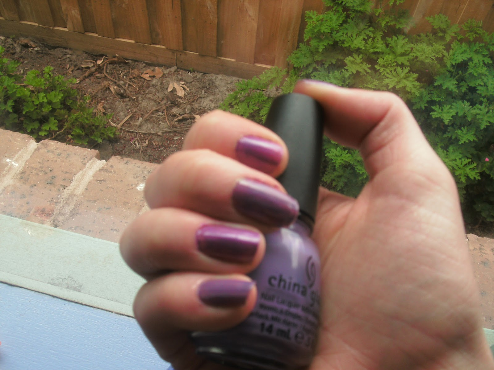 China Glaze - Spontaneous and Gothic Lolita | Rose\'s Nail Polish