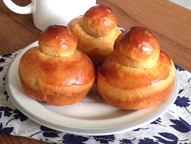 eggless brioche yield 9 brioche 2 cup all purpose flour