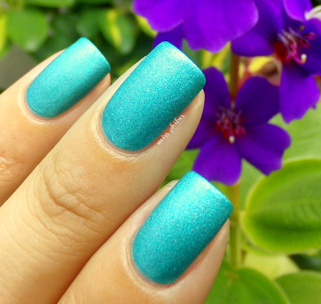 Sally Hansen Teal Tulle