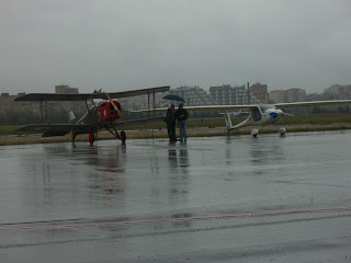 SE-5A i Pipistrel Sinus. Plataforma R-2 Aeroport de Sabadell.