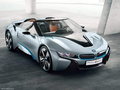 2013_BMW_i8_Spyder_Front_Right
