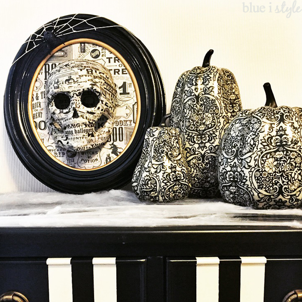 Skull Art Halloween Decor