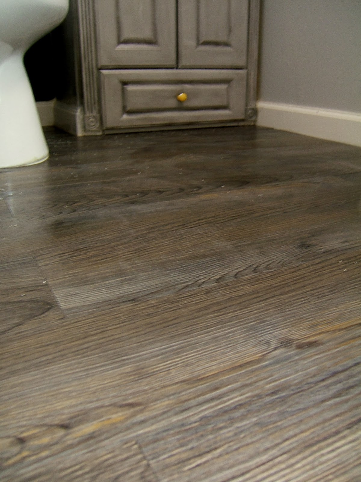 Wood Look Peel And Stick Flooring 003 JPG