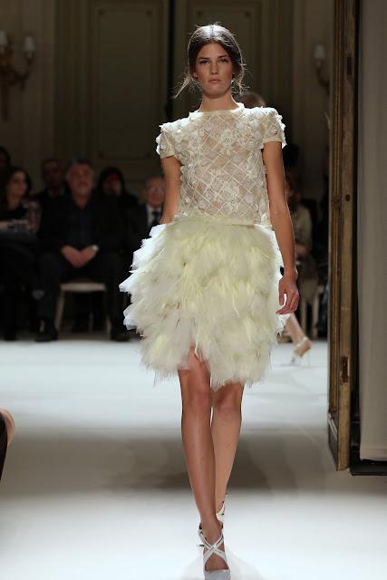 جورج حبيقه - Georges Hobeika Couture Spring Summer 2012 39.jpg