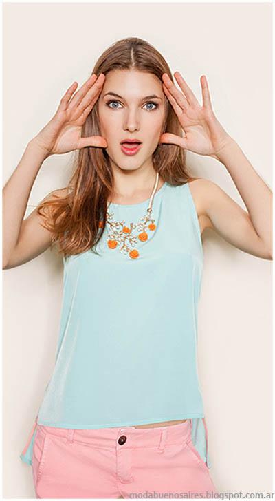 Colores pasteles combinados en remera y pantalon de verano Gloria Jeanswear 2014.