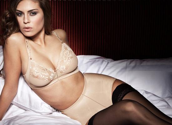 Sariana+lingerie-2011-02