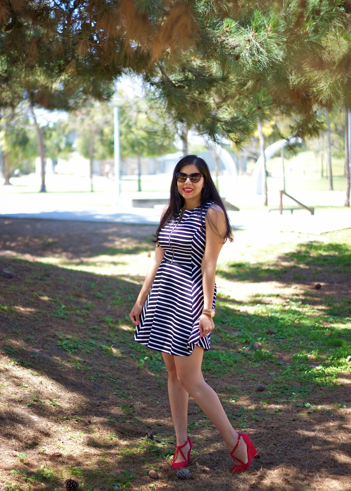 Twirl in Stripes, red shoes with black and white dress, black and white stripes with red shoes, red wedge heels