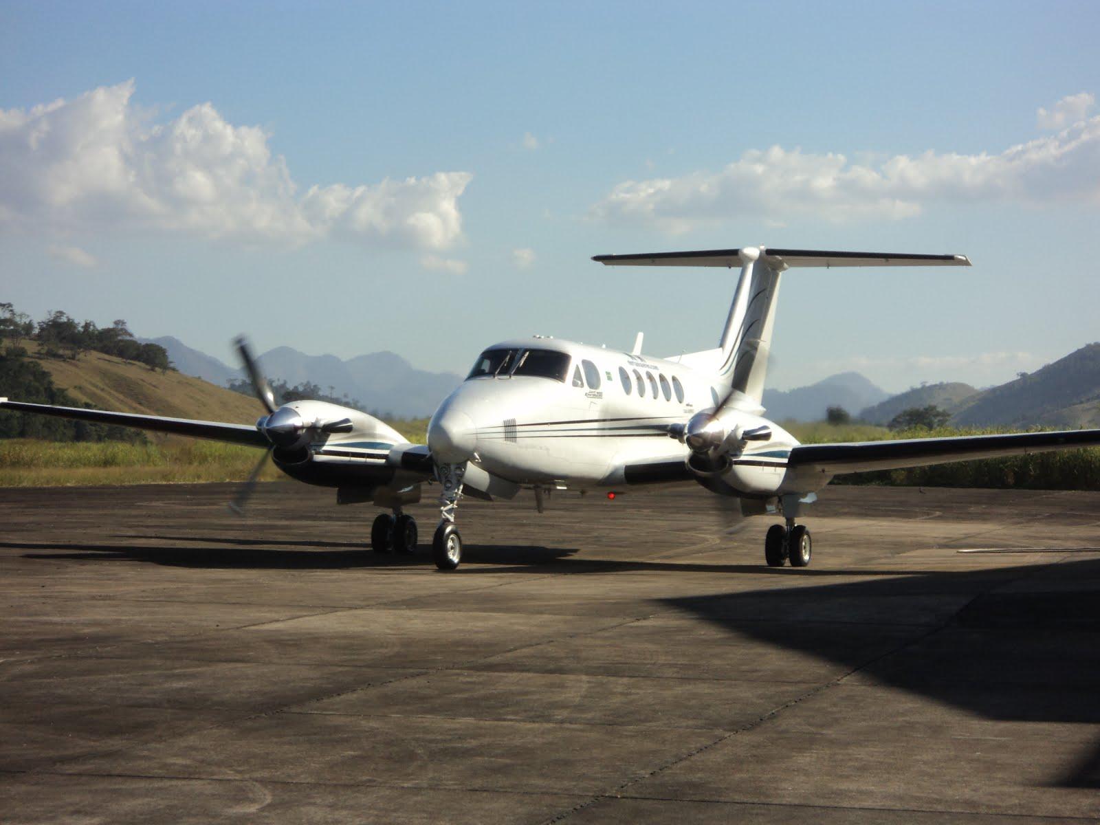Aeroporto Sorocaba : Aeroporto cachoeiro de itapemirim king air fernando e