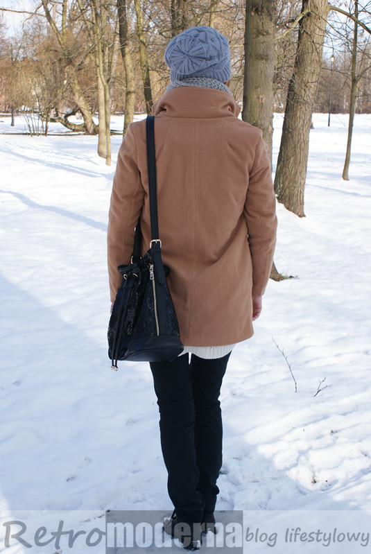 Karmelowy płaszcz Camel Coat