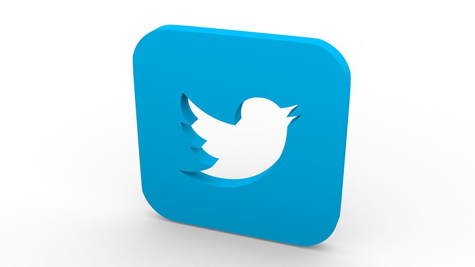 Sigue en twitter