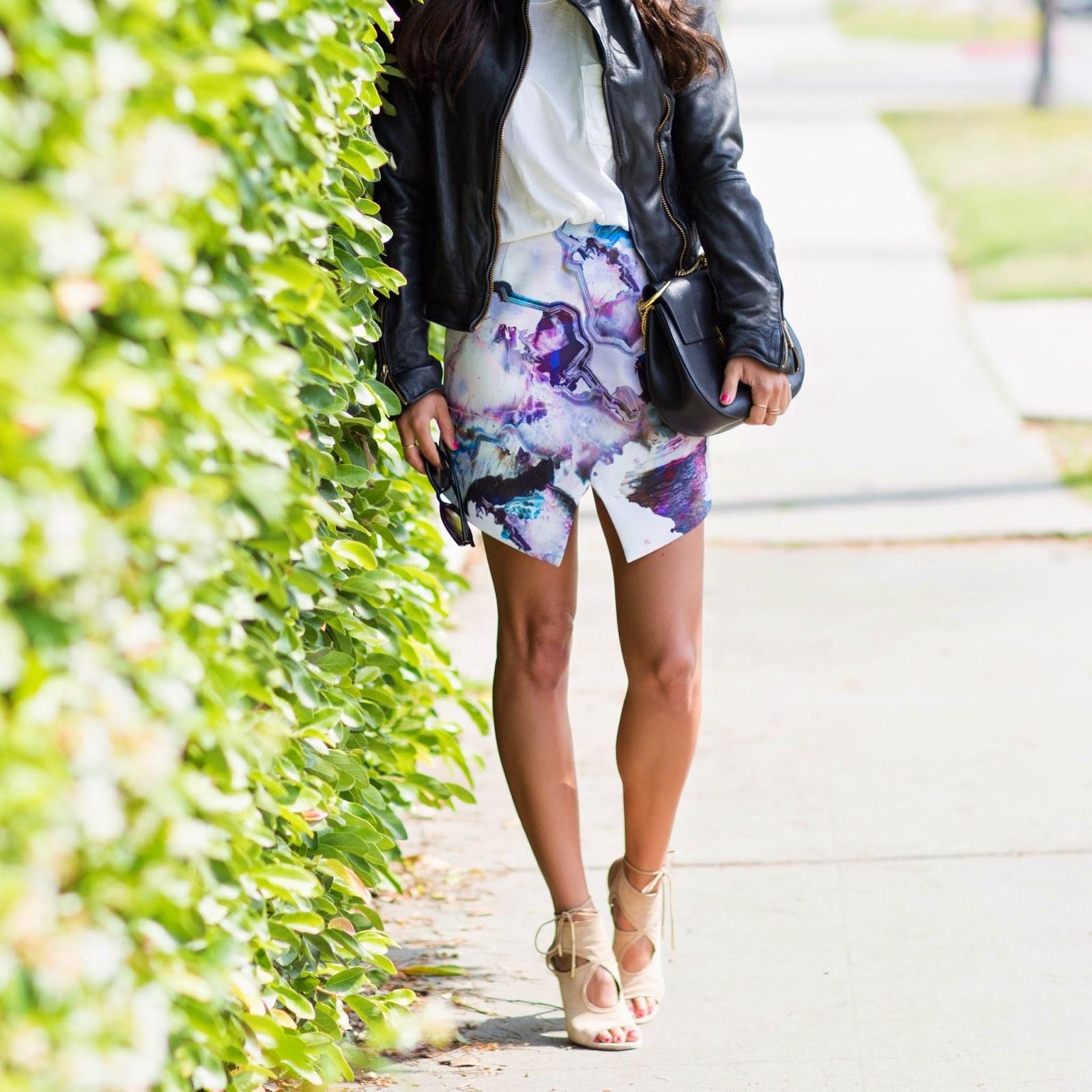 chloe drew bag, asymmetrical skirt, how to wear envelope skirt, spring fashion, watercolor print skirt