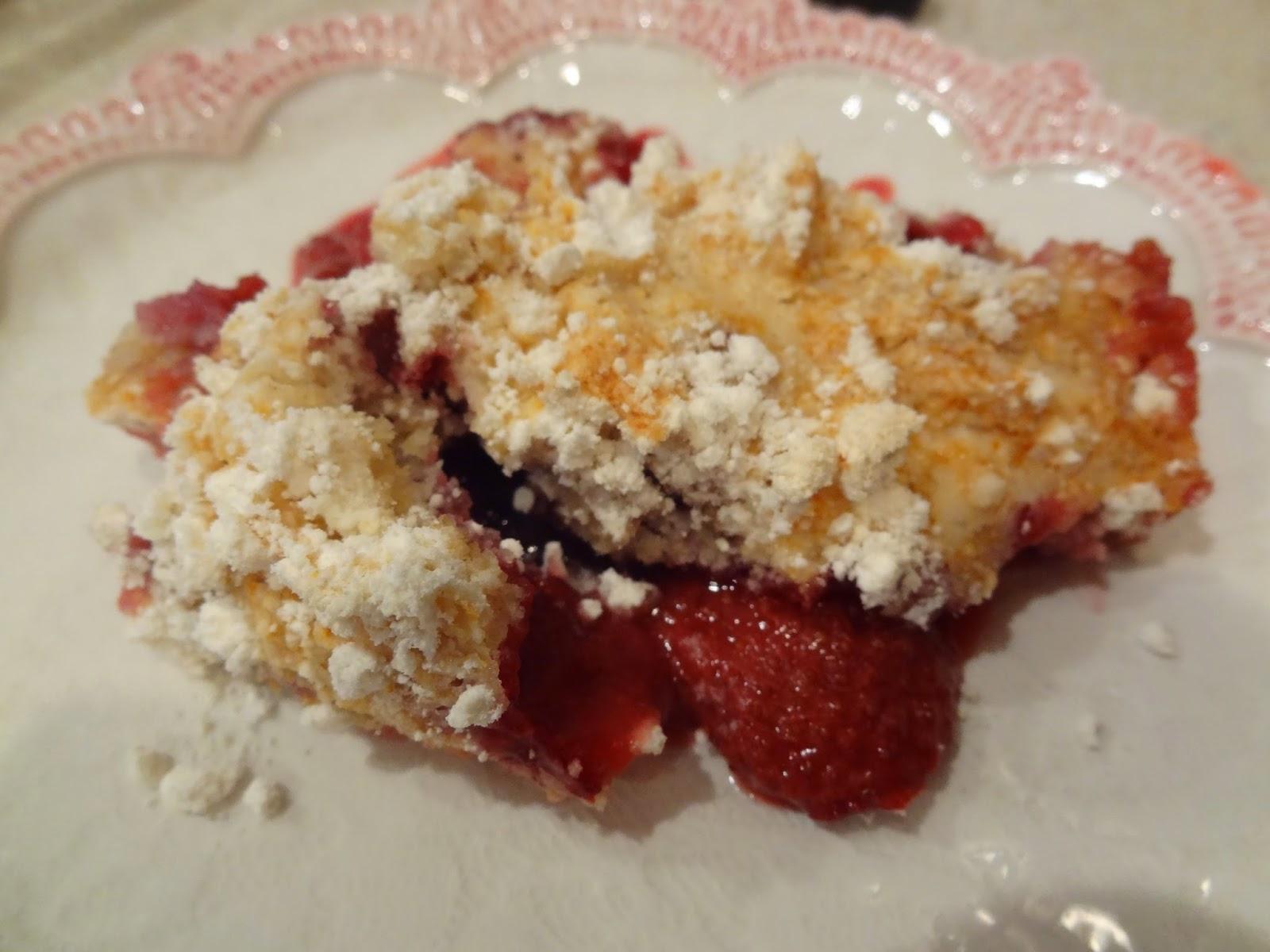 Dessertation: Weight Watchers Berry Cobbler Dump Cake