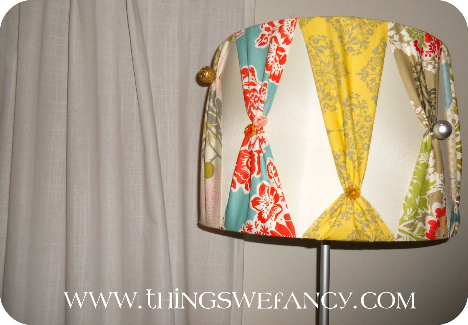 Fancy diy lampshade diy show off diy decorating and home improvement blogdiy show off - Diy lamp shade ...