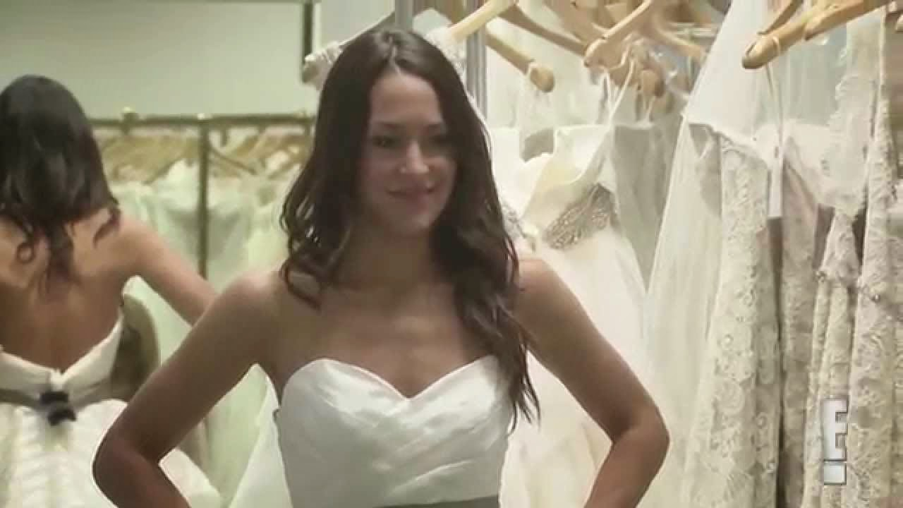 the serendipitist: E! Total Divas - Brie Bella Wedding Gown Shopping