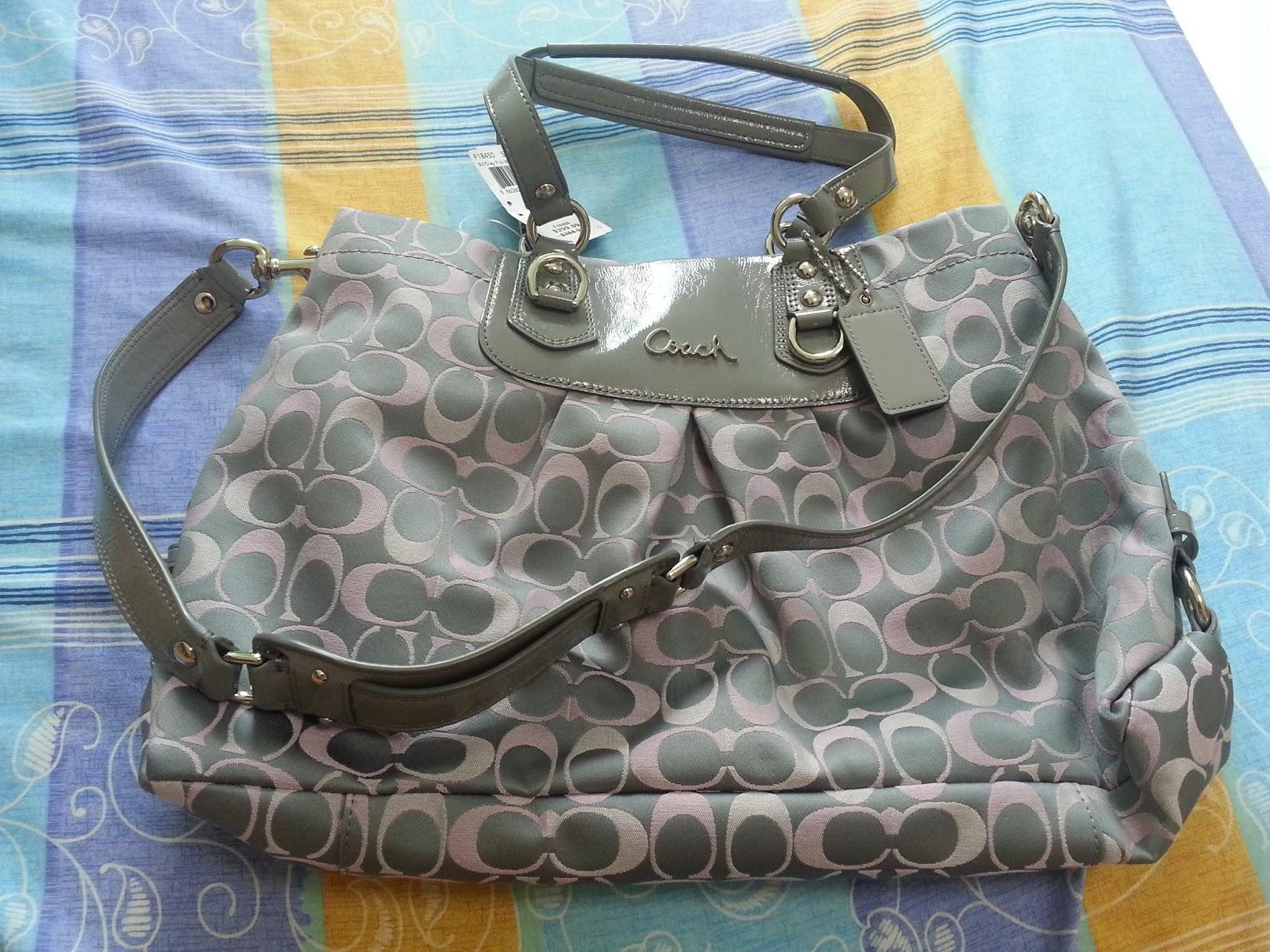 coach gray purse thil  WTS COACH ASHLEY SIGNATURE CARRYALL BAG PURSE SILVER GRAY PINK F18450