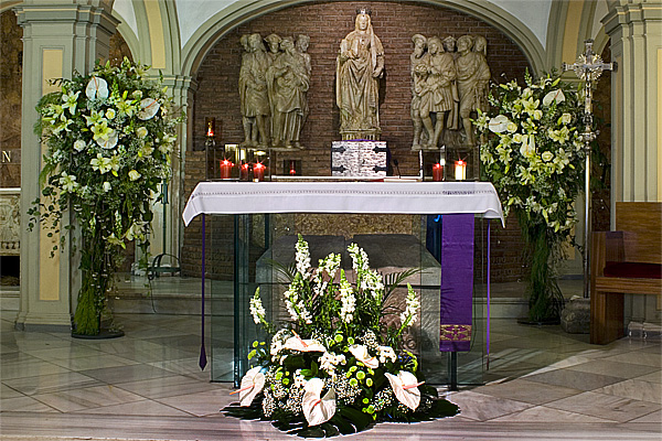 Matrimonio Catolico Zaragoza : Arreglos florales para iglesia imagui