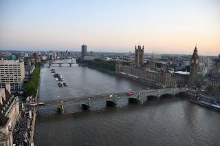 London (River Thames)
