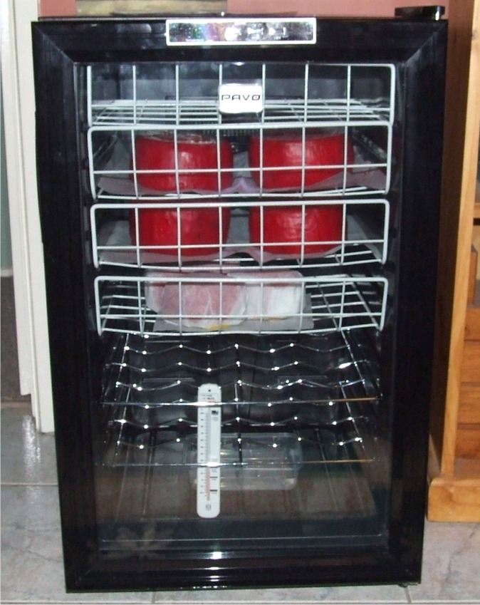 how to keep cheese from molding in fridge
