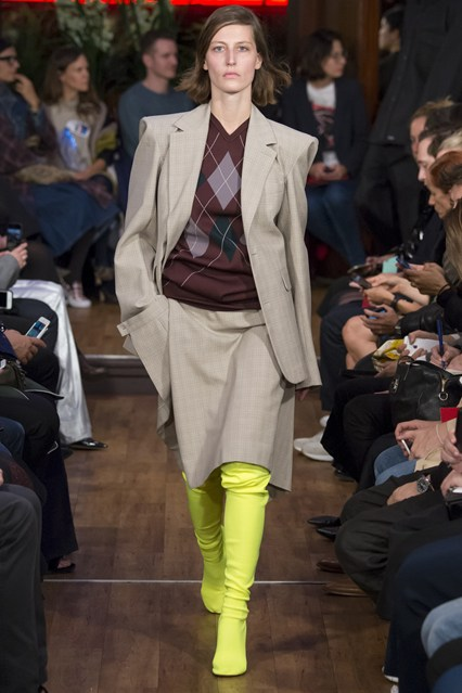 The Fashion Trends Of New Vetements 2016