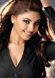 Hot South Indian Actress Richa