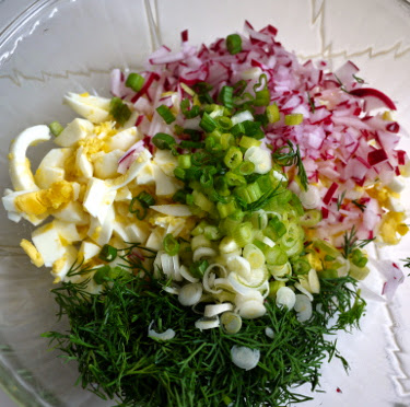 egg salad with radish dill and scallion