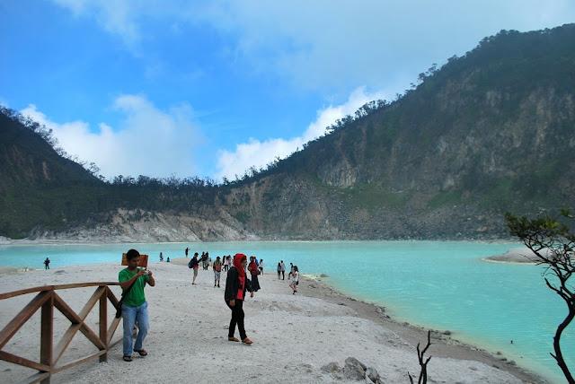 Kawah Putih Ciwidey Bandung Jawa Barat