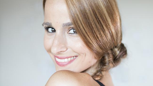 10 peinados fáciles y rápidos para cabello corto o largo  - Peinados Pelo Liso Faciles