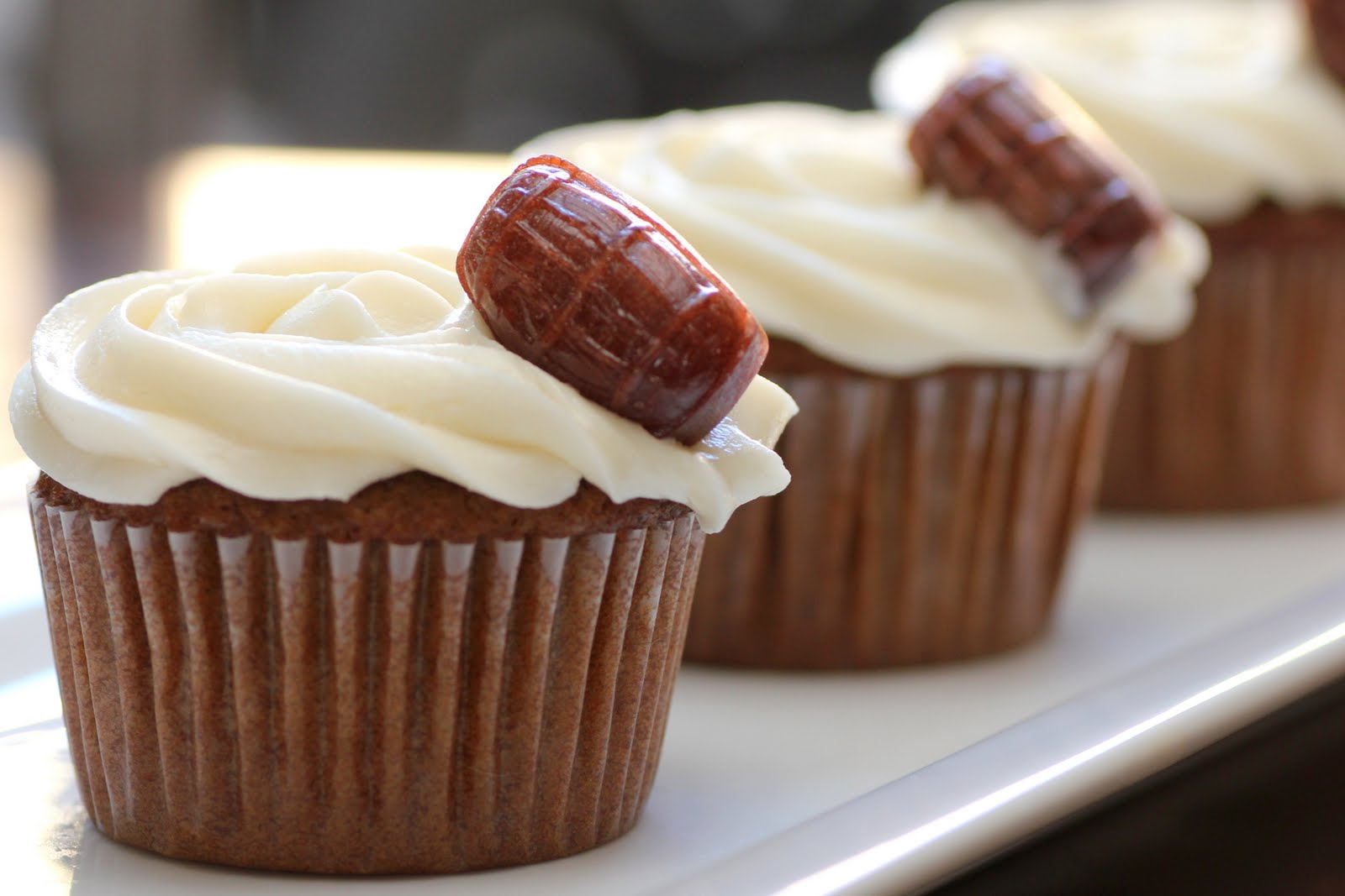 Recipe Snobs: Root Beer Float Cupcakes