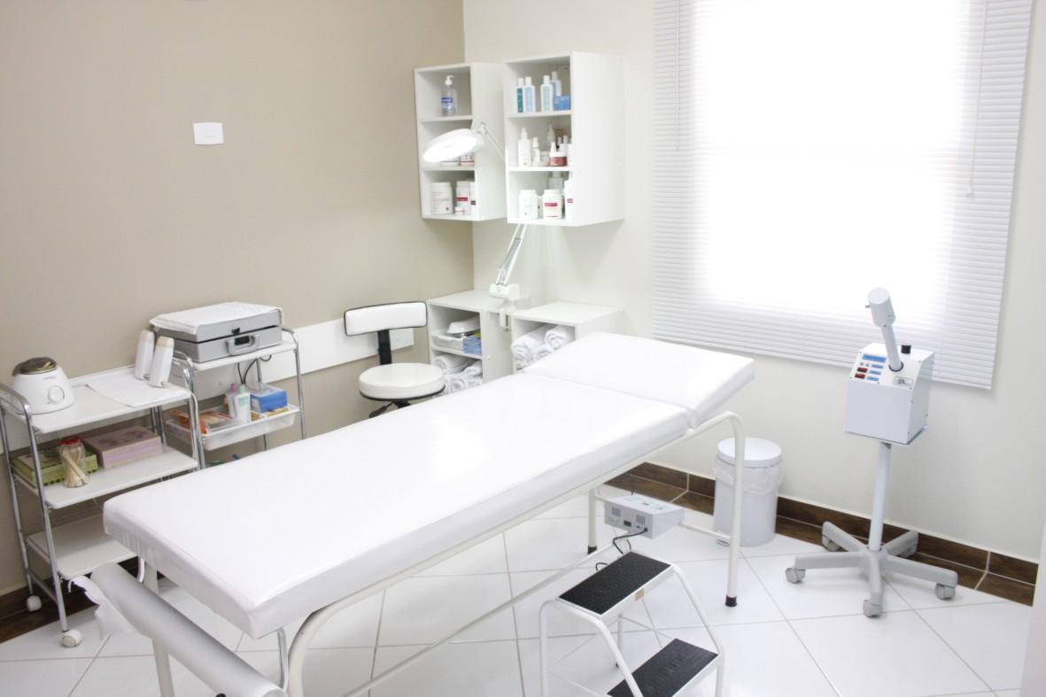 #526079 Another Image For como decorar uma sala pequena de estetica 1181x787 píxeis em Como Decorar Uma Sala Pequena Com Cozinha Americana