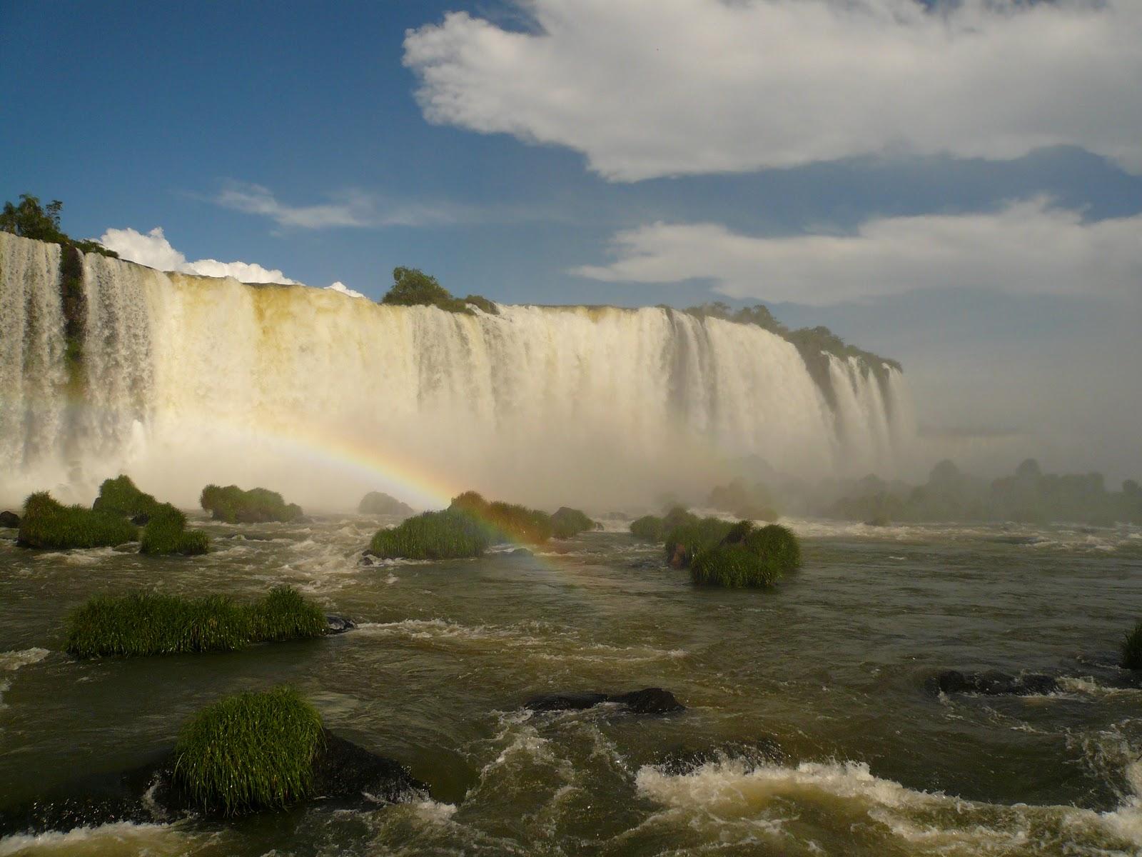 how to get to iguazu falls from sao paulo