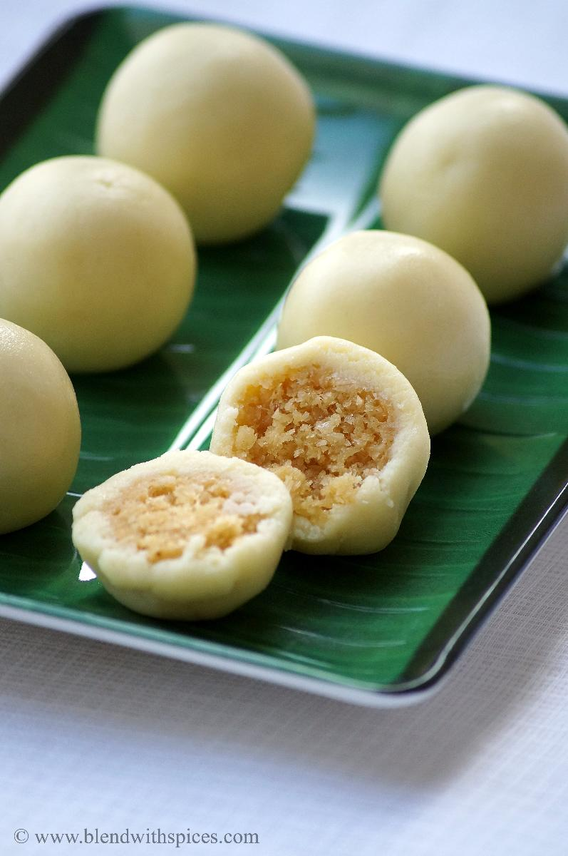 andhra kova kajjikayalu recipe, how to make kova kajjikayalu, deepavali sweets recipes