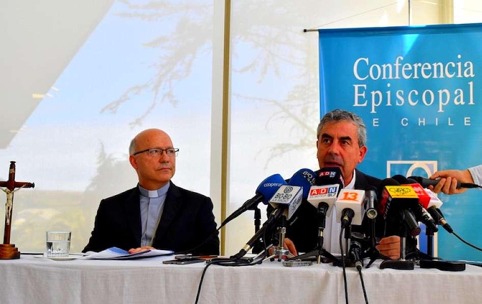 Papa Francisco convoca a todos los obispos chilenos a Roma — Caso Barros