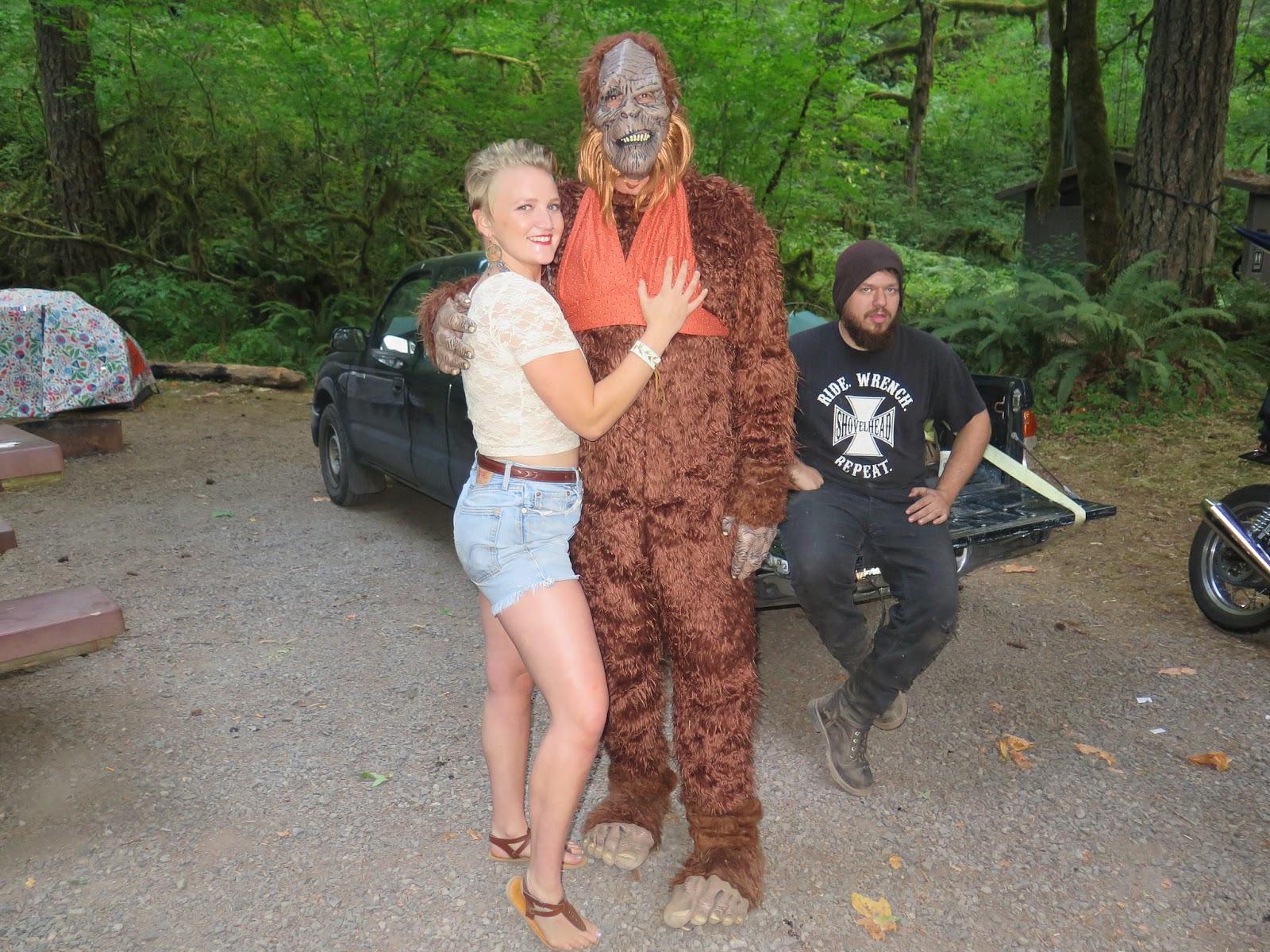 Bigfoot crashes the Cheapo Chopoff! (9/10) BIGFOOT IS REAL!!!