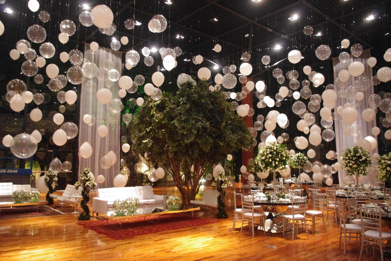 Lord Flores WOW!!! CASAMENTO BOMBÁSTICO!!! -> Decoração Balões Casamento