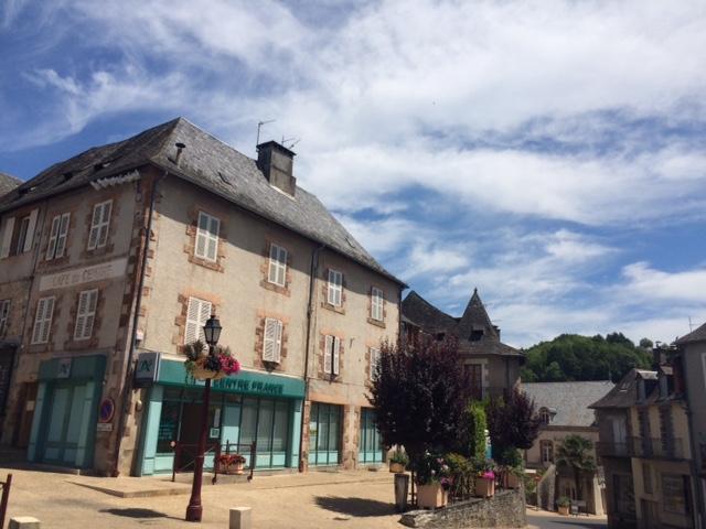 AVANT/APRES Les facades du Crédit Agriocle