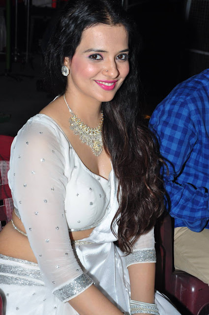Saloni Latest Photos At Kalanilaya Creations Movie Press Meet