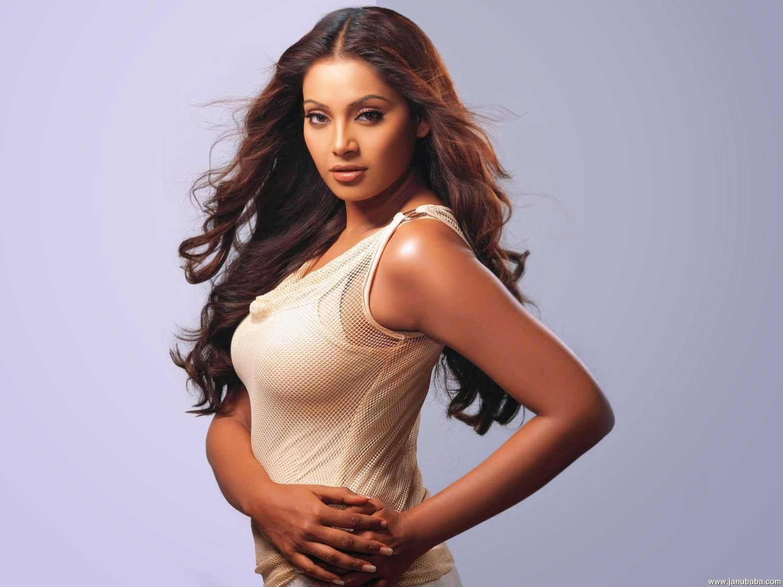 Bipasha Basu HD Wallpaper