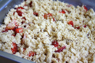Baked-in strawberry shortcake with crumb topping is old fashioned and delicious