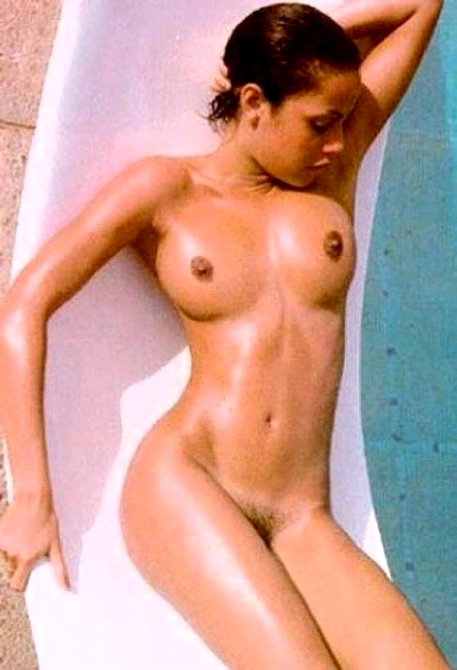 video de angelina jolie desnuda